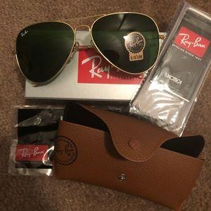 Ray-Ban Accessories - Ray ban aviator sunglasses